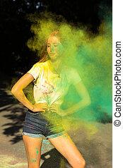 festival, peinture, célébrer, frais, sec, femme, vert, holi, jaune, jeune