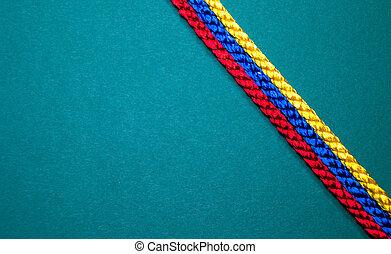 ficelle, coloré