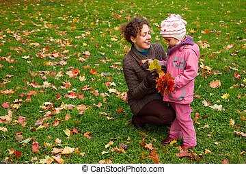 fille parc, jouer, mère
