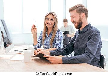 financier, données, discuter, séance, bureau, table, employés