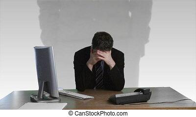financier, sur, homme affaires, abîmer, frustré
