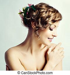 fleurs, coiffure, portrait femme, beauté