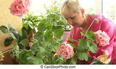 fleurs, femme, soucier, mûrir