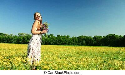 fleurs, rire, jeune dame