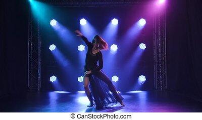 fond, bleu, lent, impulsif, contemp, interprète, style, lights., contemporain, motion., danse, noir, chorégraphie
