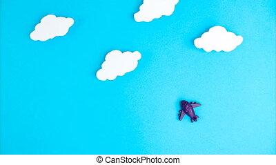 fond, voyage, arrêter mouvement, transport, voler, peu, air, avion, contre, nuages, avion, animation., concept, quarantaine, serrure, bleu, sky., fin, bas