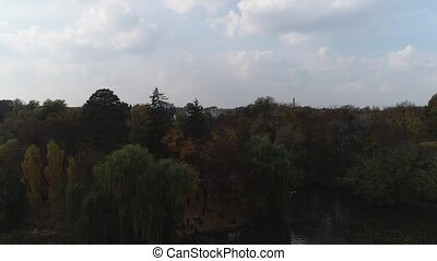 footage., dendrological, aérien, uman, parc national, sofiyivka, 4k., ukraine., bourdon, vue