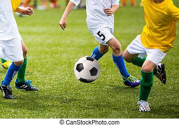 football jouant, jeu, football, enfants