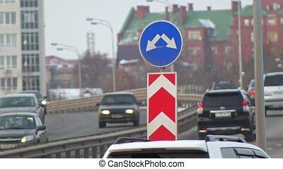 fourchette, signe, voitures, rue, évacuation, route
