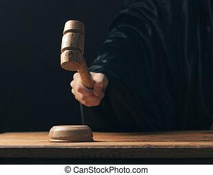 frapper, main, sombre, marteau, fond, juge, marques, verdict