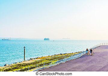 front mer, portsmouth