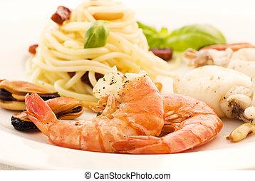 fruits mer, spaghetti