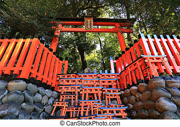 fushimi, kyoto, miniature, inari, japon, torii, temple