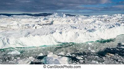 géant, icebergs, -, iceberg, aérien, métrage, disko, groenland, baie