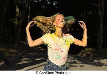 gai, femme, elle, festival, lancer, jeune, haut, cheveux, holi