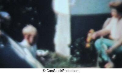 garçon, hose-1963, jouer, jardin