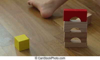garçon, jeu, vieux, maison bois, blocs, années, 3, construire, enfant, home.