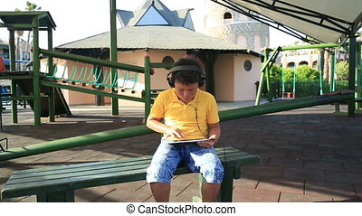garçon, tablette, numérique, utilisation