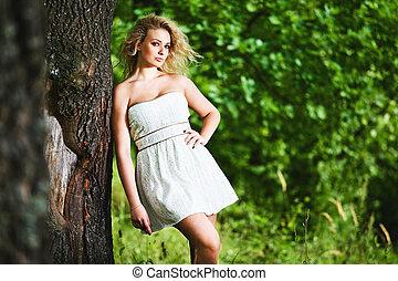 garden., femme, jeune, mode, portrait, sensuelles