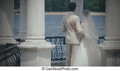 gazebo, colonnes, nouveaux mariés, water.