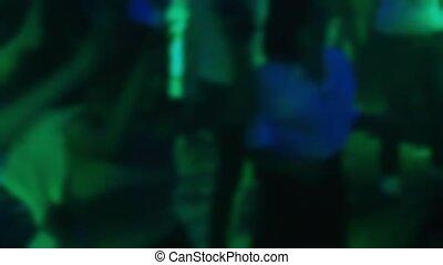 gens, plancher danse, brouillé, silhouettes, danse, boîte nuit
