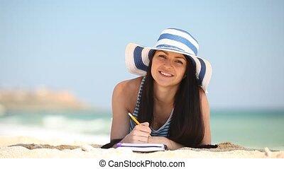 girl, brunette, plage, jeune