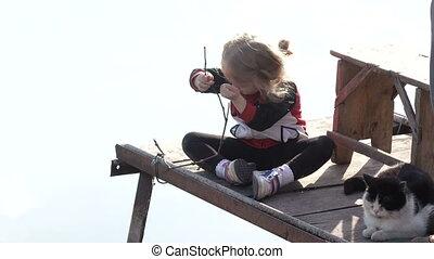 girl, chat pêche
