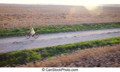 girl, cycling., vue aérienne