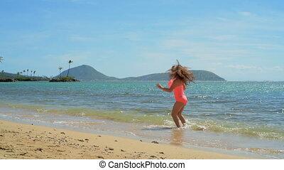 girl, eau, plage, jouer, 4k