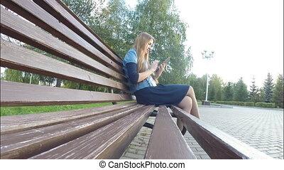 girl, informatique, lecture, tablette