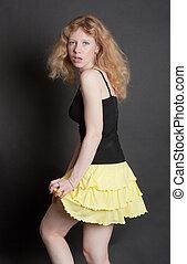 girl, jupe, jaune