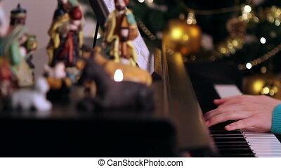 girl, mains, piano joue