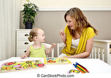 girl, peu, jouer, enfants, maman, puzzle