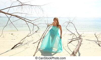 girl, plage, blond, poses, robe, transparent