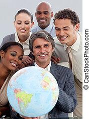gobe, business, projection, joyeux, groupe, ethnique, tenue, terretrial, diversité