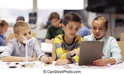 gosses école, tablette, robotique, programmation, pc