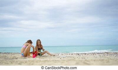 gosses, deux, exotique, sable, amusement, confection, plage château, avoir