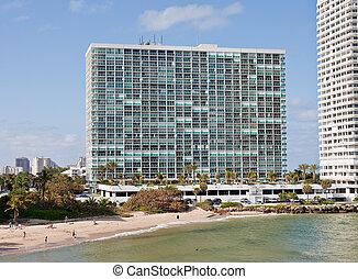 grand bâtiment, blanc, copropriété, côtier
