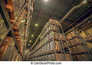grand, beaucoup, boîtes, carton, étagères, entrepôt