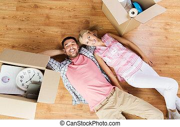 grand, couple, boîtes, maison mobile, nouveau, carton