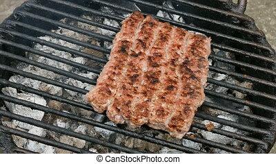 grillade, balkanique, chiche-kebab, barbecue