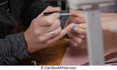 gris, vernis à ongles