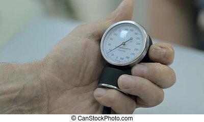 gros plan, tonometer, moniteur