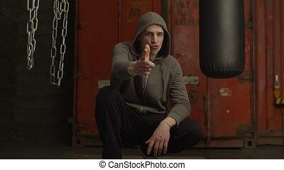 grossier, pointage, voyou, fusil, signe main, geste