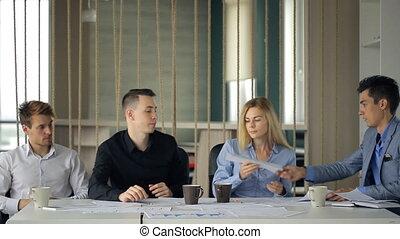 groupe, gens bureau, autre., part, idées, organiser, chaque, idée génie
