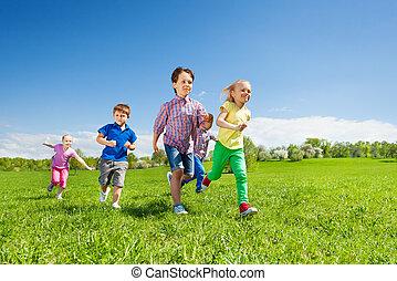 groupe, parc, courant, vert, enfants, heureux