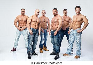 groupe, six, jeune, musculaire, dénudée, poser, mouillé, sexy, beau, homme