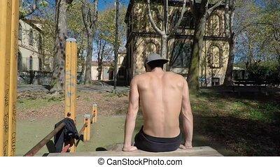 gymnase, extérieur, exercisme, homme, jeune