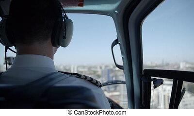 hélicoptère, dos, pilote