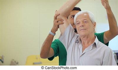 hôpital, haut, ascenseurs, personne agee, haltère, homme